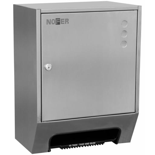 Heavy duty paper towel dispenser with automatic supply and manual cut